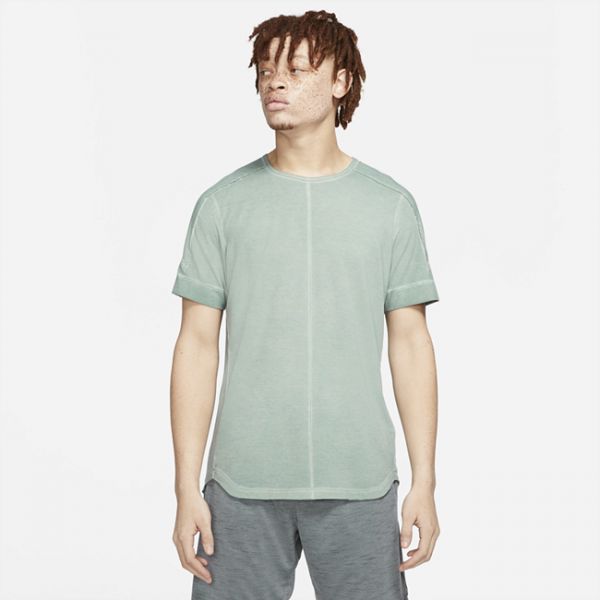 Nike Yoga Men's Short-Sleeve Speciality-Dyed Top - Green